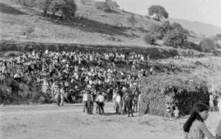 Carreras de cintas en el Puerto de la Cruz (Casares). Década de 1960 (Fotografía: Hermanos Cordero)