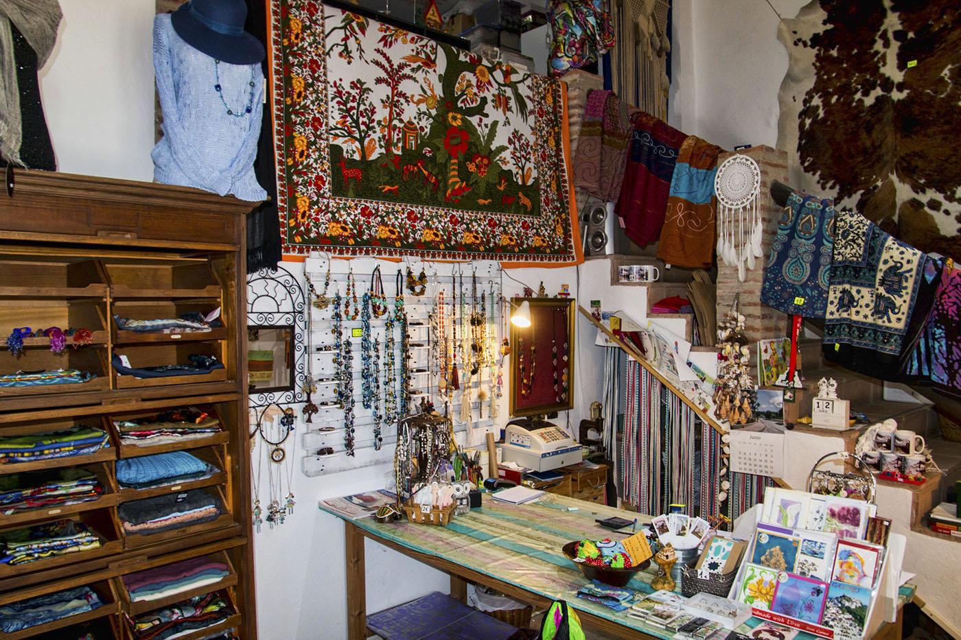 Entre Arcos. Artesanía y Regalos en Casares