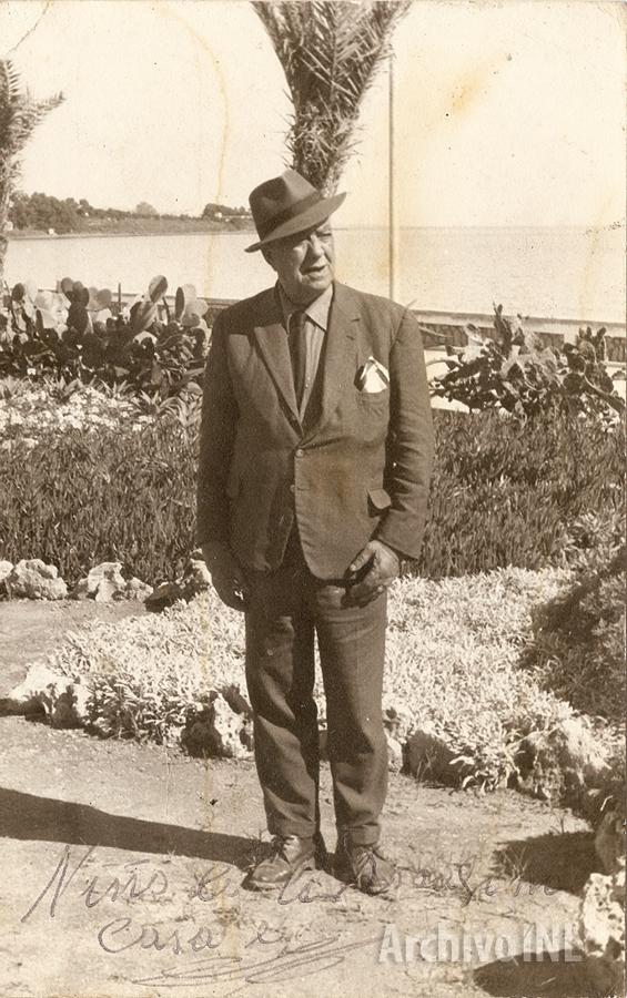 Niño de la Rosa Fina en Estepona (década de 1960)