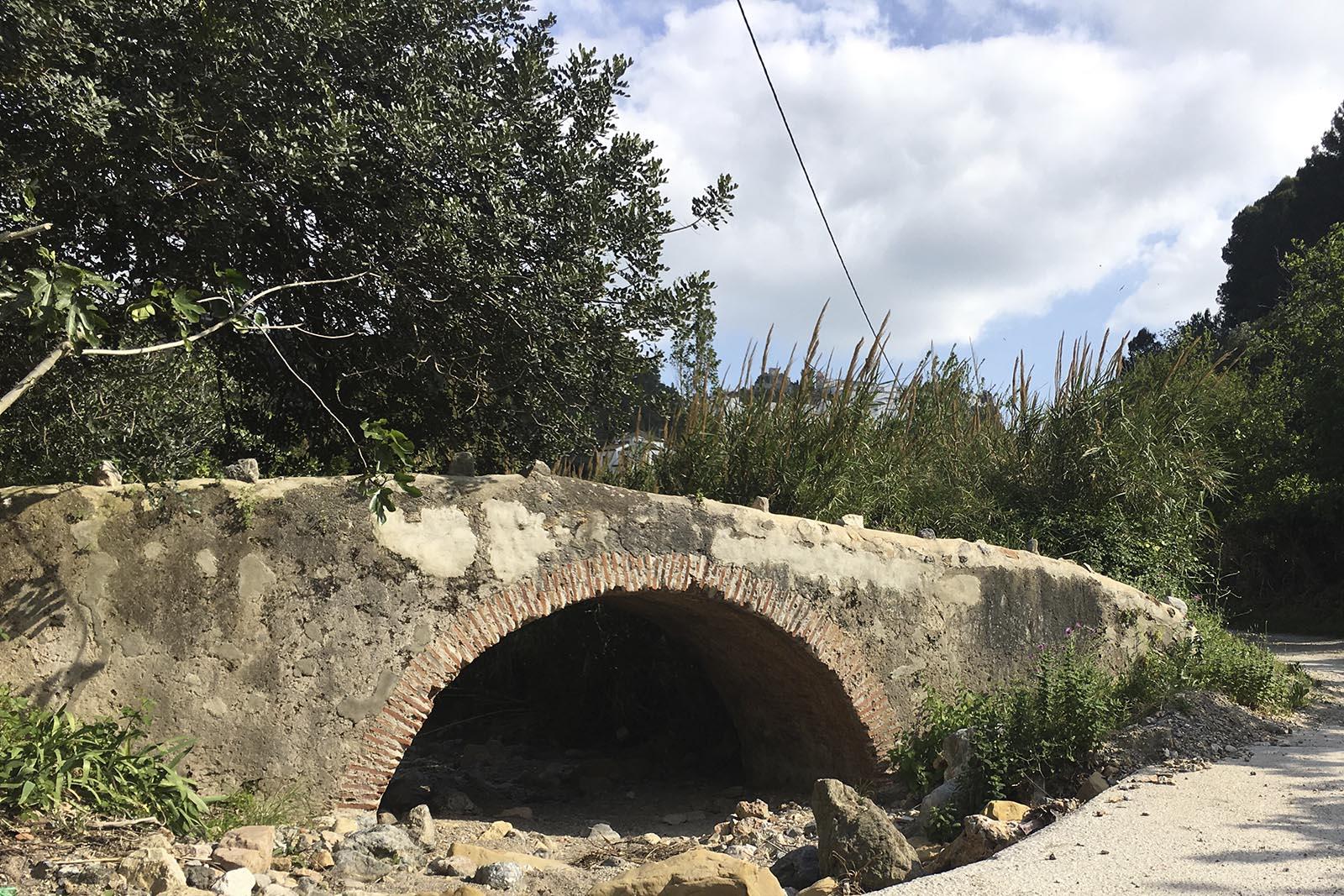Puente de la Albarrada (Casares)
