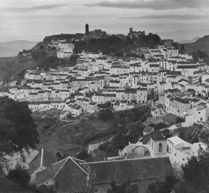 Casares, 1967 (Archivo Pando) - PAN-B-008249 (Fototeca del Patrimonio Histórico)